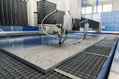 Ansicht der Konstruktion einer Wasserstrahlschneidmaschine